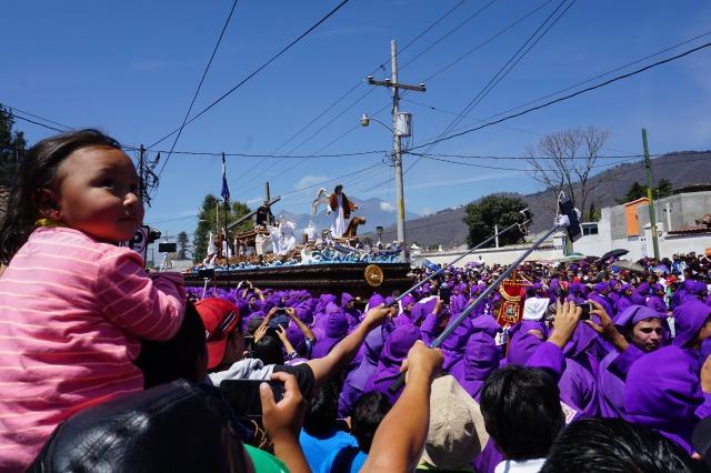 アンティグアのセマナサンタ最大の目玉プロセシオン