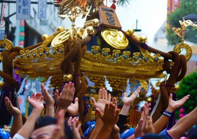 セマナサンタのプロセシオンと似ている日本のお神輿