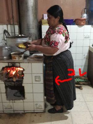 グアテマラの民族衣装④ デランタル (delantal)