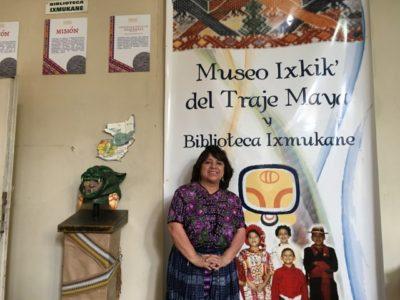 グアテマラの民族衣装について学ぶためカルチャーセンターへ