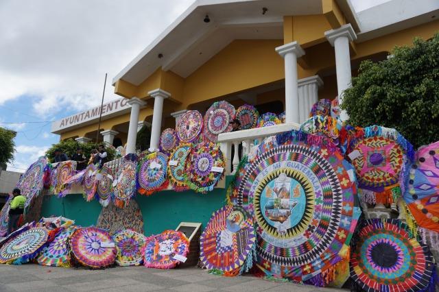 グアテマラの死者の日、旅行者へのおすすめコース