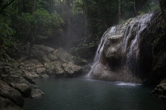 リオドゥルセの見所② 温泉の降る滝 フィンカエルパライソ