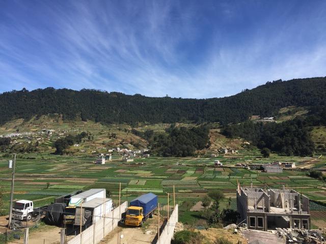 グアテマラ屈指の温泉街 アルモロンガの温泉