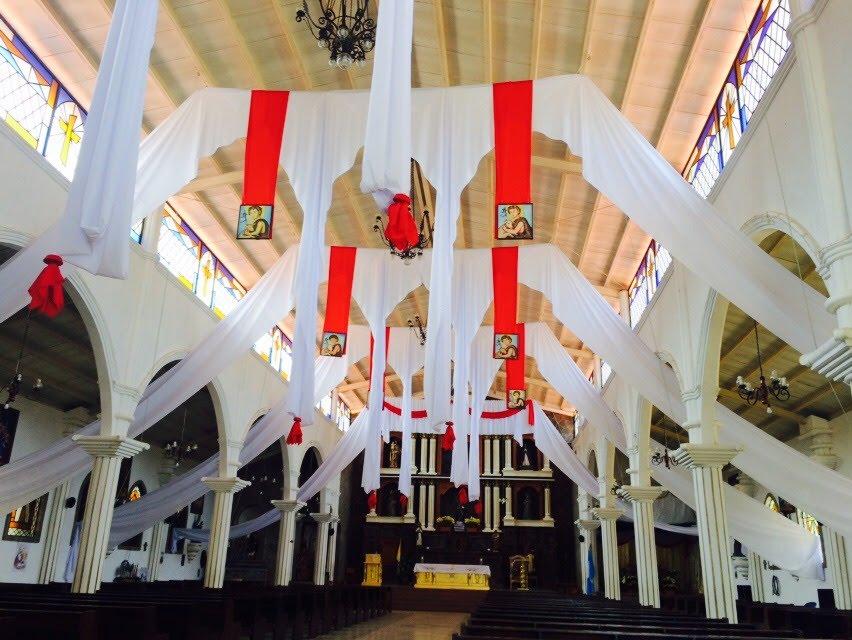 サンフアンララグナの教会内観
