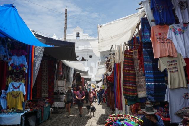 グアテマラお土産買い物スポットチチカステナンゴ1