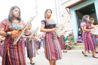 グアテマラのコバン以外の地域の民族衣装